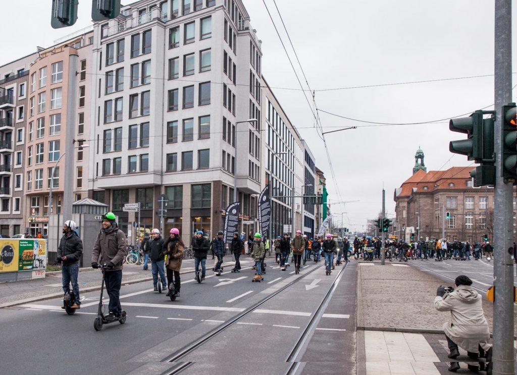 Duitsland legaliseert e-scooters, dit zijn de regels