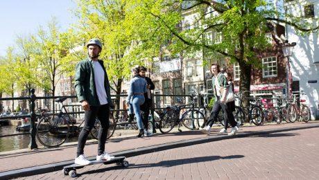 <pre>Waarom elektrische scooters, onewheels en elektrische skateboards legaliseren