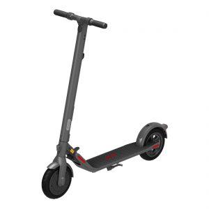 Segway introduceerd de Ninebot Kickscooter E22E